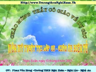 Bài giảng Mỹ thuật Lớp 8 - Bài 31: Vẽ theo mẫu Xé dán giấy lọ hoa và quả - Năm học 2011-2012 - Phan Văn Hưng